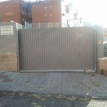 Puerta corredera en lama de puerta