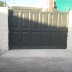 puerta de cuarterones grandes